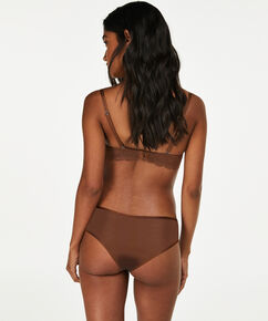 Brazilian Angie Nude, Braun