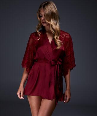 Kimono Jennifer, Rot