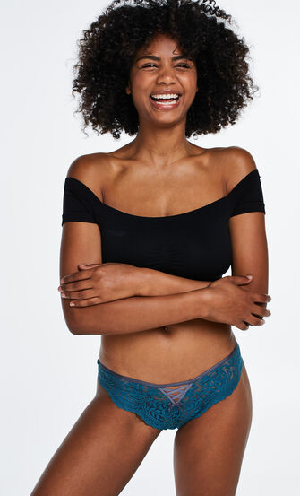 Brazilian Magda, Blau