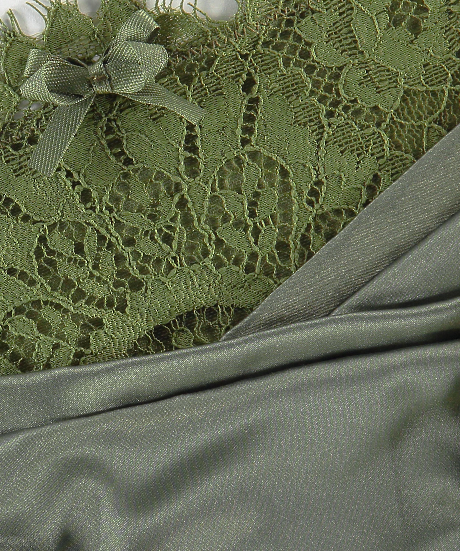 String Hannako, grün, main