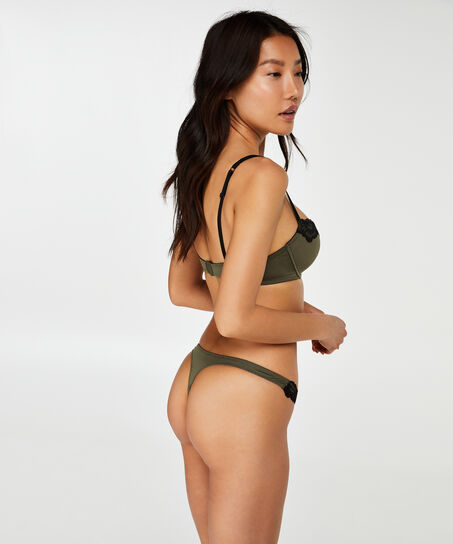 String mit Spitze Secret Lace , grün