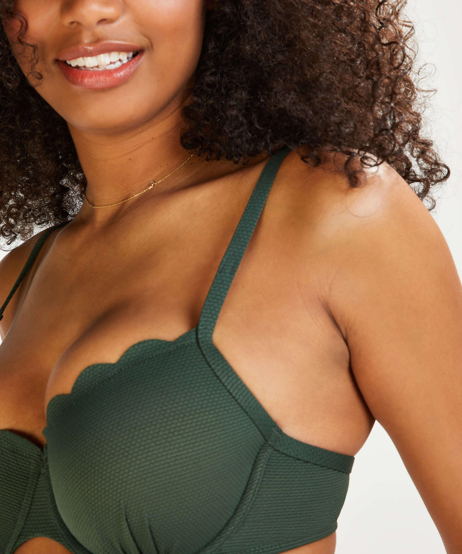 Vorgeformtes Bügel-Bikinitop Scallop Glam, grün, main