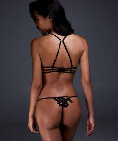 String Yuna, Schwarz