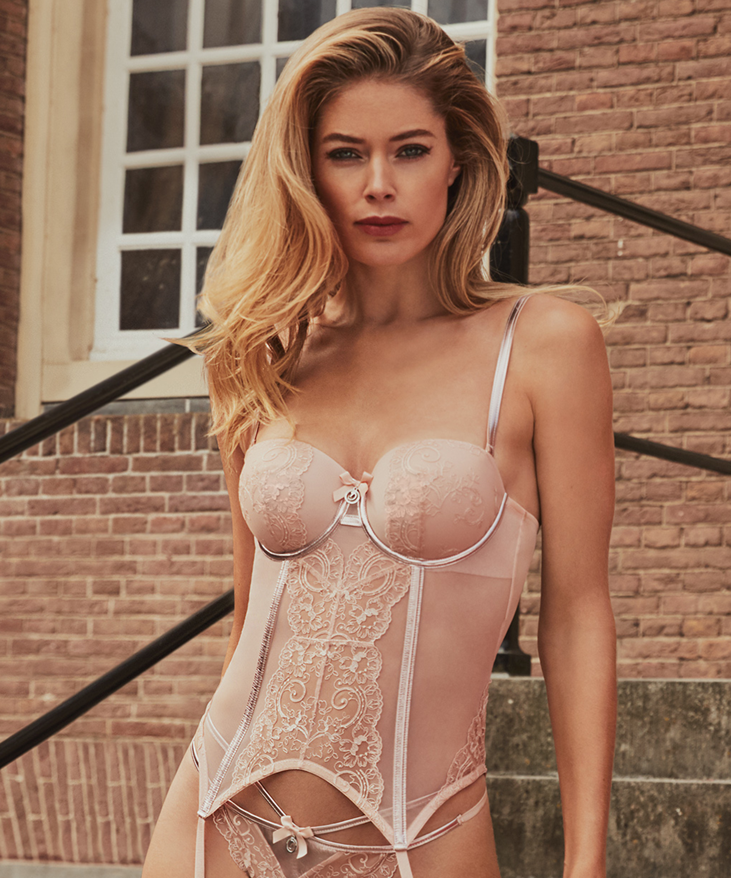 Bustier Arabesque Doutzen, Rose, main